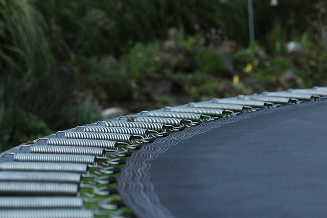 zahradní trampolína